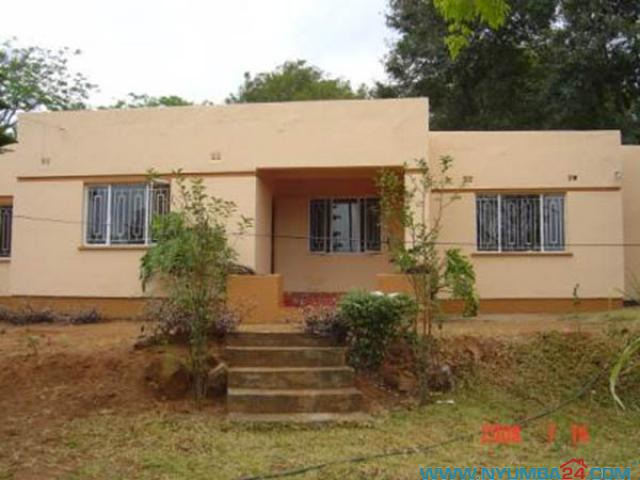 house for sale in ci  blantyre catholic institute - malawi houses for rent