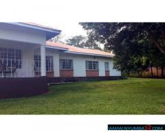 FAMILY HOUSE FOR RENT IN SUNNYSIDE
