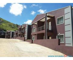 4 bedroom townhouse for rent in Mpingwe