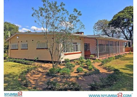 Four Bedroom House to let in Nyambadwe