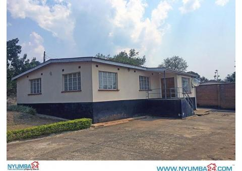 Three bedroom house available to let in Chitawira, Blantyre