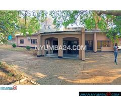 Three Bedroom House With Swimming Pool For Rent in Nyambadwe (Magalasi), Blantyre