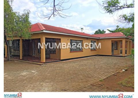 Three Bedroom House for Rent in Namiwawa, Blantyre